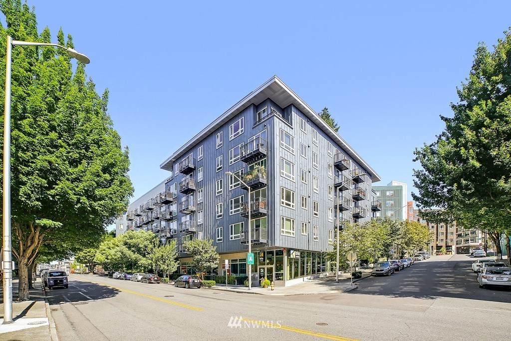 3104 Western Avenue - Photo 1