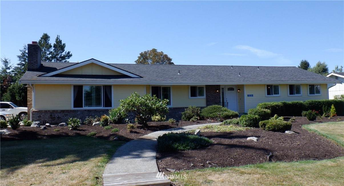 12226 Discovery Drive - Photo 1
