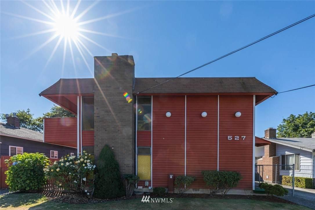 527 Williams Avenue - Photo 1