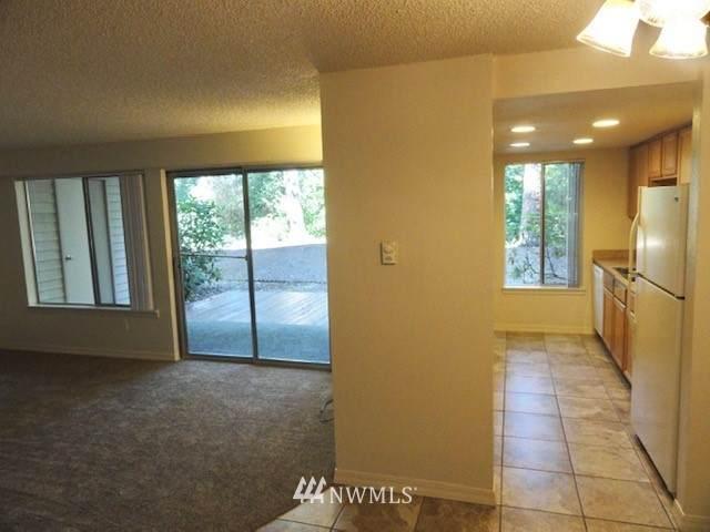 8401 Zircon Drive, Lakewood, WA 98498 (#1655290) :: Ben Kinney Real Estate Team