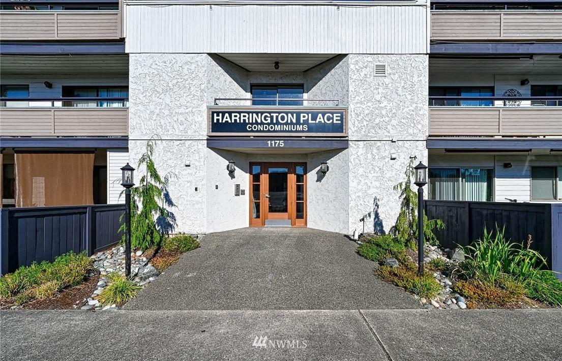 1175 Harrington Place - Photo 1