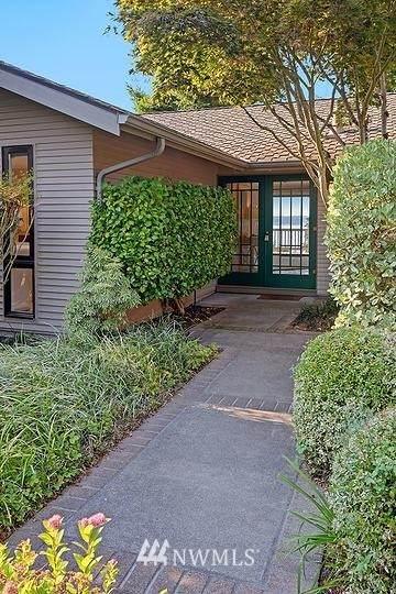 8240 SE 61st Street, Mercer Island, WA 98040 (#1655647) :: Better Homes and Gardens Real Estate McKenzie Group