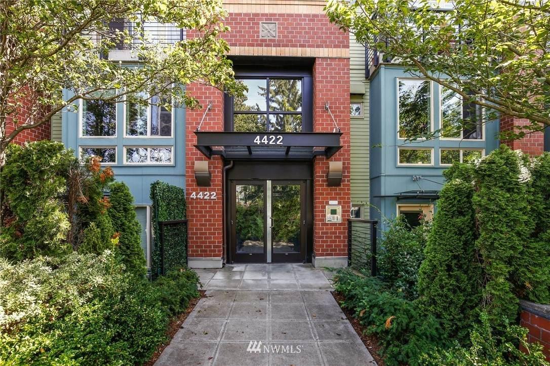 4422 Bagley Avenue - Photo 1