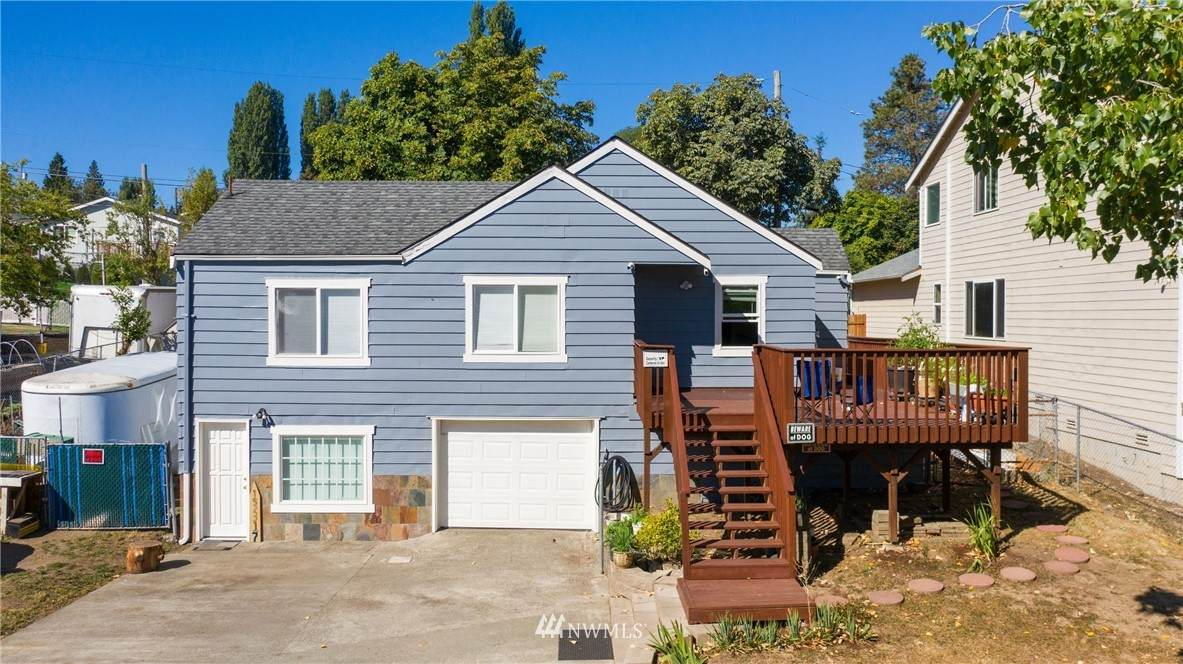13317 37th Avenue - Photo 1