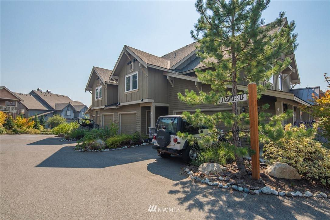 231 Clearwater Lp - Photo 1