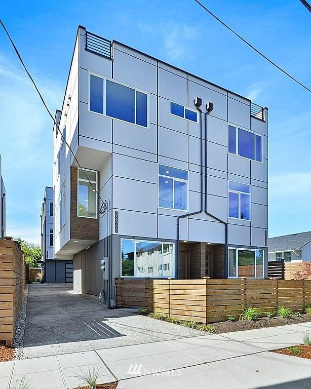 9209 15th Avenue SW A, Seattle, WA 98106 (#1661285) :: Urban Seattle Broker