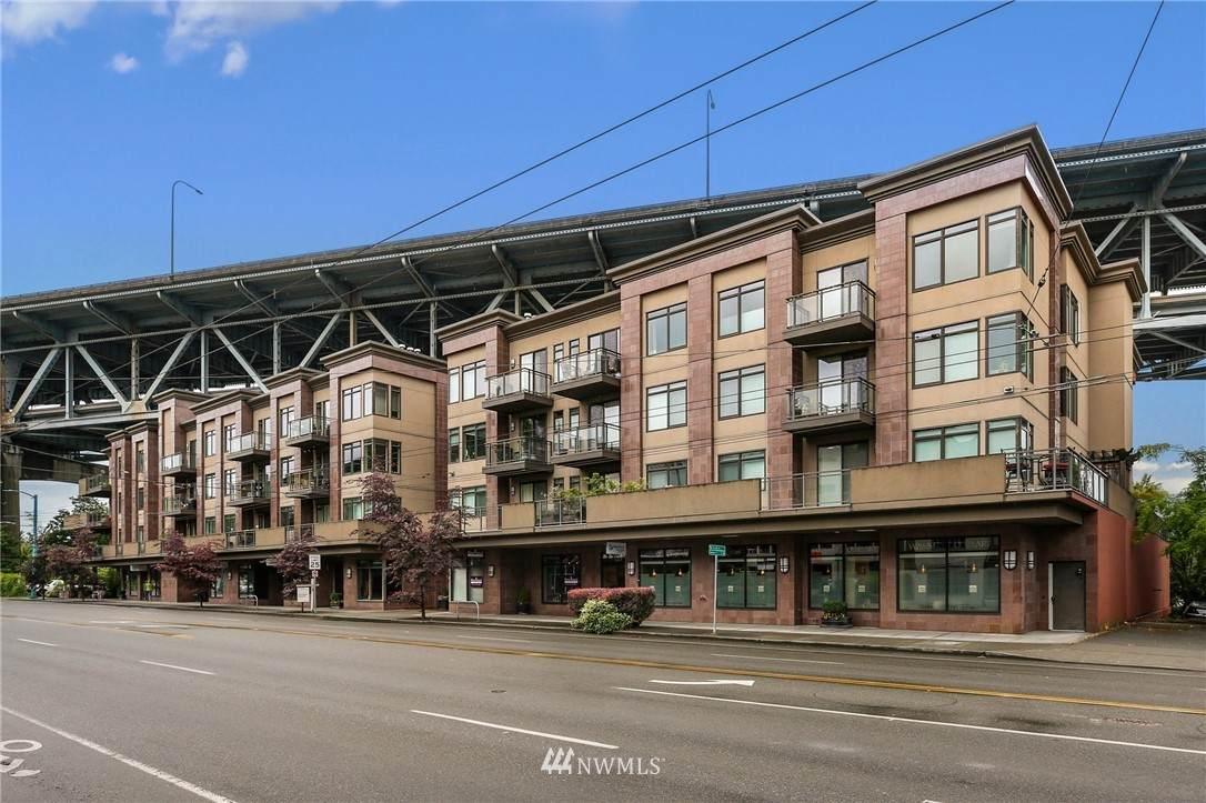 3217 Eastlake Avenue - Photo 1