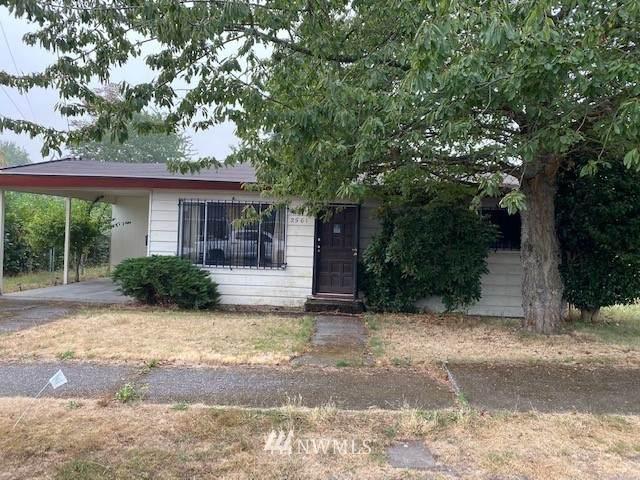 2561 S Eddy Street, Seattle, WA 98108 (#1662764) :: McAuley Homes