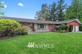 2542 53rd Avenue NE, Tacoma, WA 98422 (#1666437) :: Ben Kinney Real Estate Team