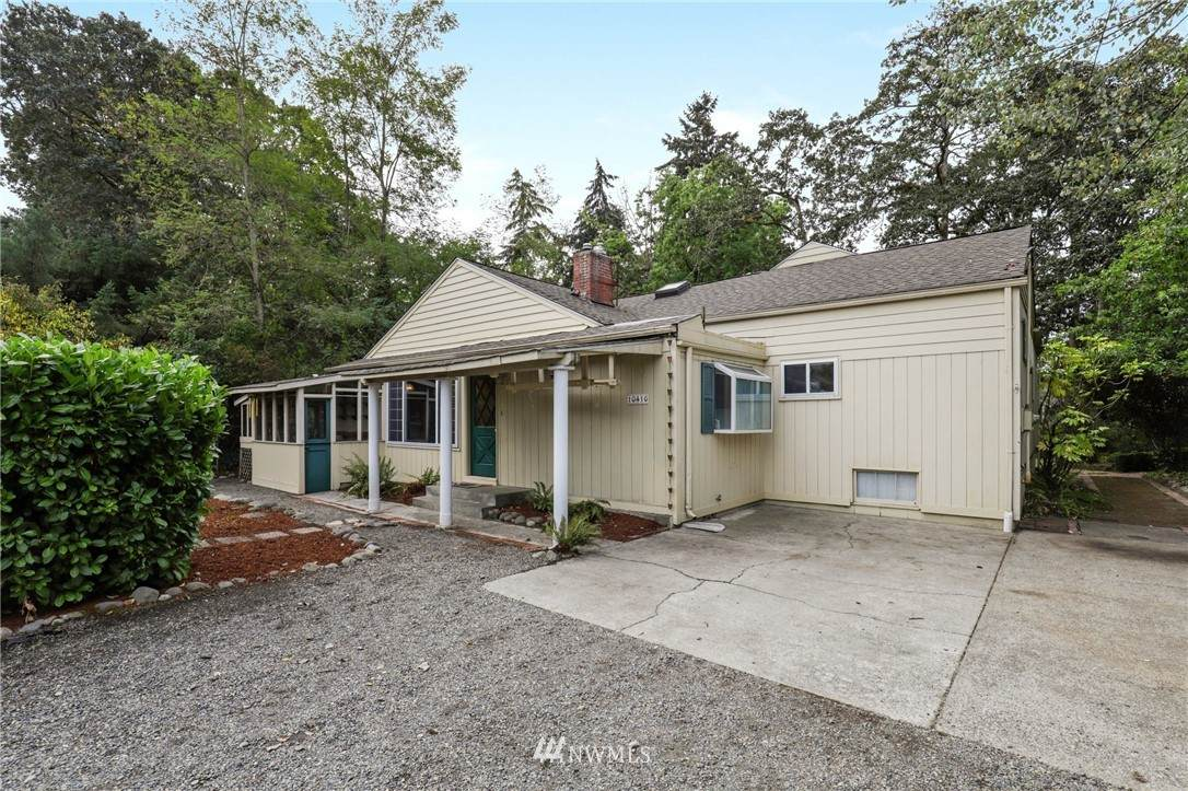 10416 Meadow Road - Photo 1