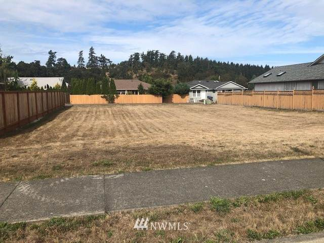 962 E Fir Street, Sequim, WA 98382 (#1666796) :: Capstone Ventures Inc