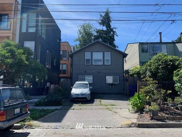 8829 Midvale Avenue, Seattle, WA 98103 (#1666947) :: McAuley Homes
