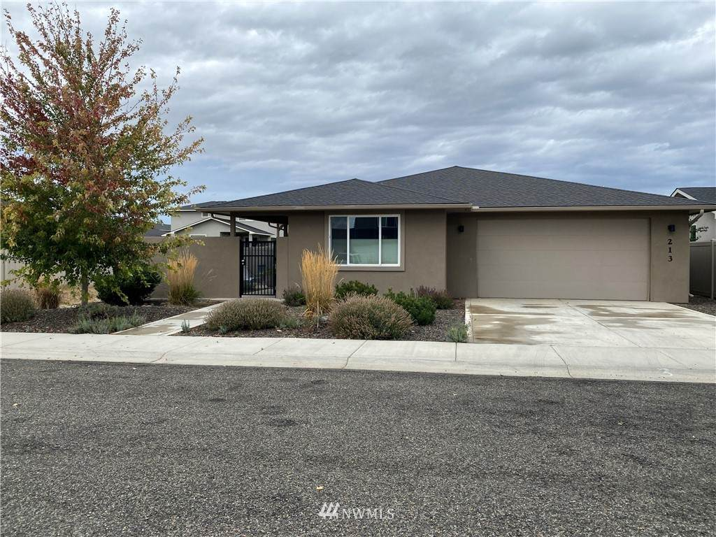 213 Country Side Avenue - Photo 1
