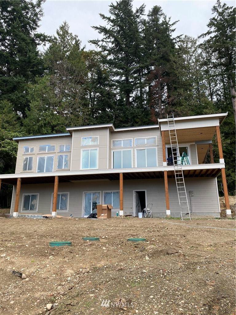 907 Chuckanut Drive - Photo 1