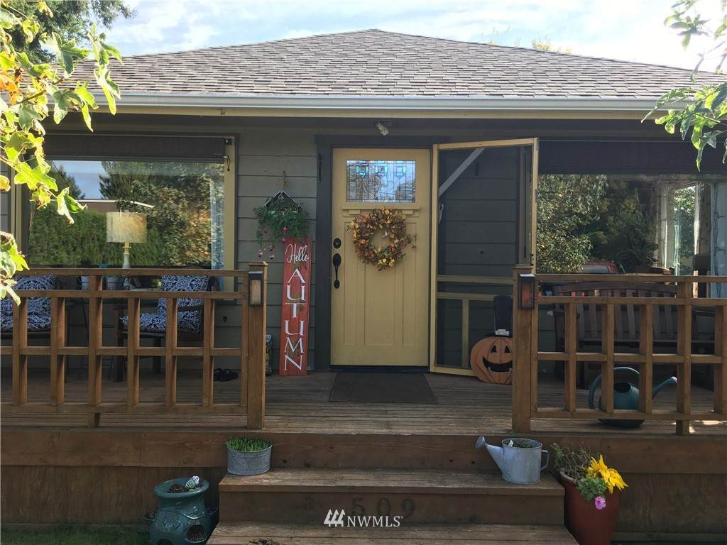 509 Hillcrest Drive - Photo 1