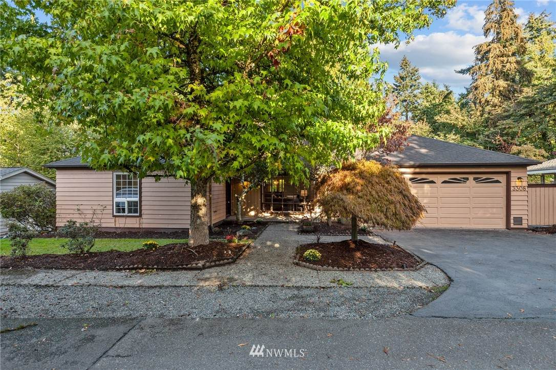 3308 102nd Avenue - Photo 1