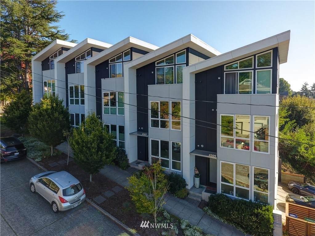 4507 Oregon Street - Photo 1