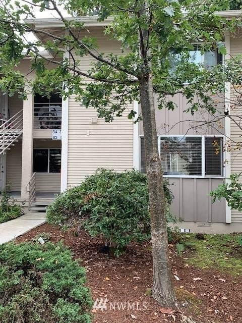 17211 NE 45th Street #81, Redmond, WA 98052 (#1675879) :: Pickett Street Properties