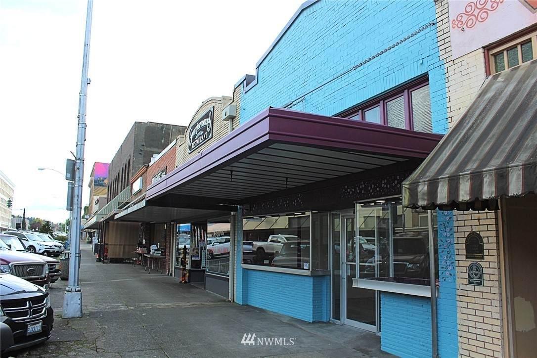 535 Market Boulevard - Photo 1