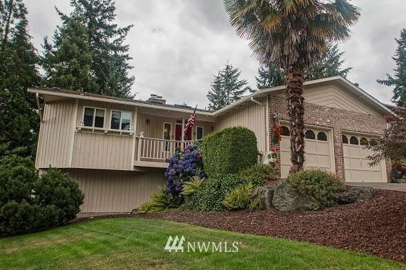 32858 39th Place SW, Federal Way, WA 98023 (#1679803) :: Icon Real Estate Group