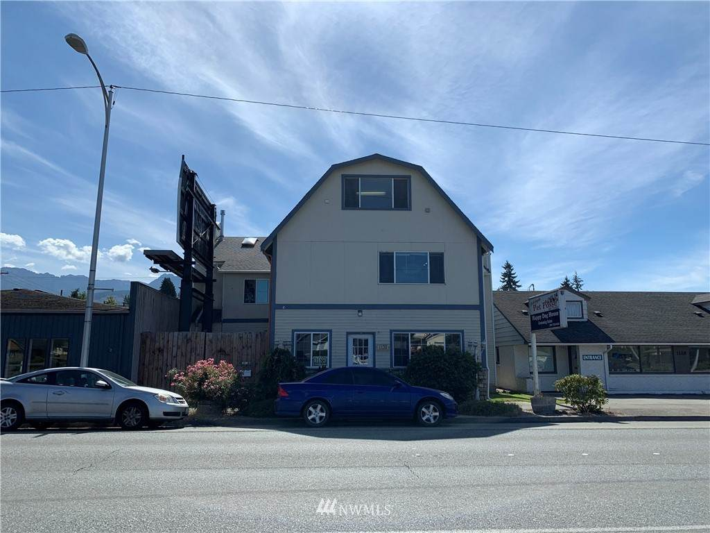 1130 Front Street - Photo 1