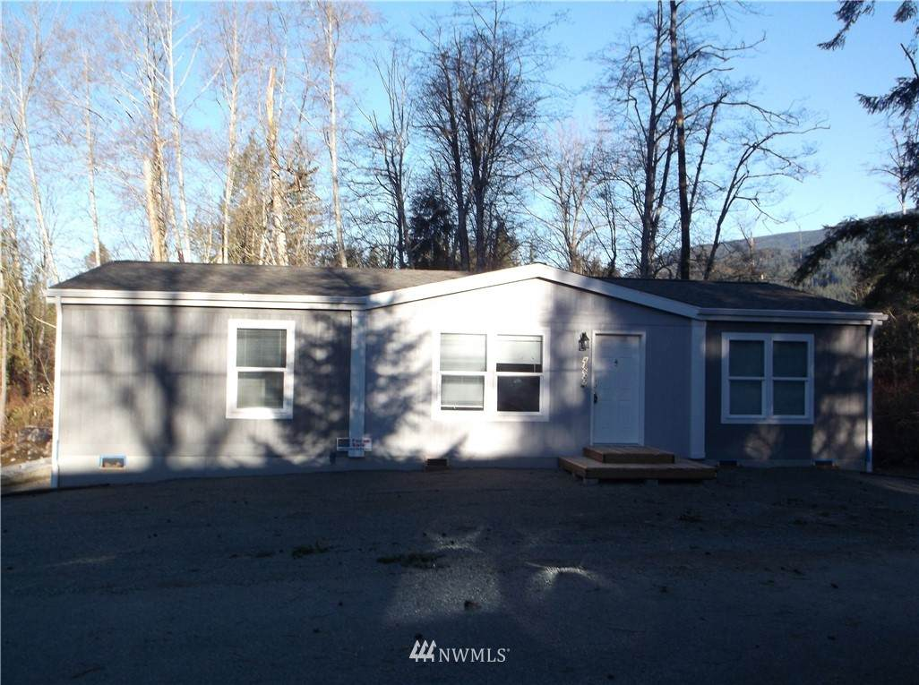 41627 Goldbar Boulevard - Photo 1