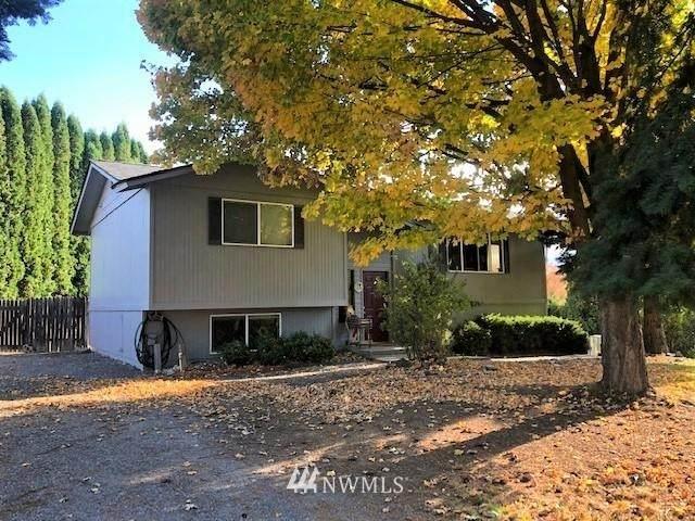 339 N Larch Avenue, East Wenatchee, WA 98802 (#1681676) :: NW Home Experts