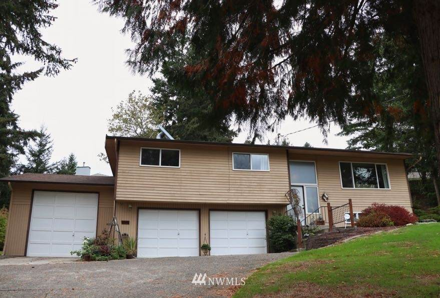4509 Chrisella Road - Photo 1