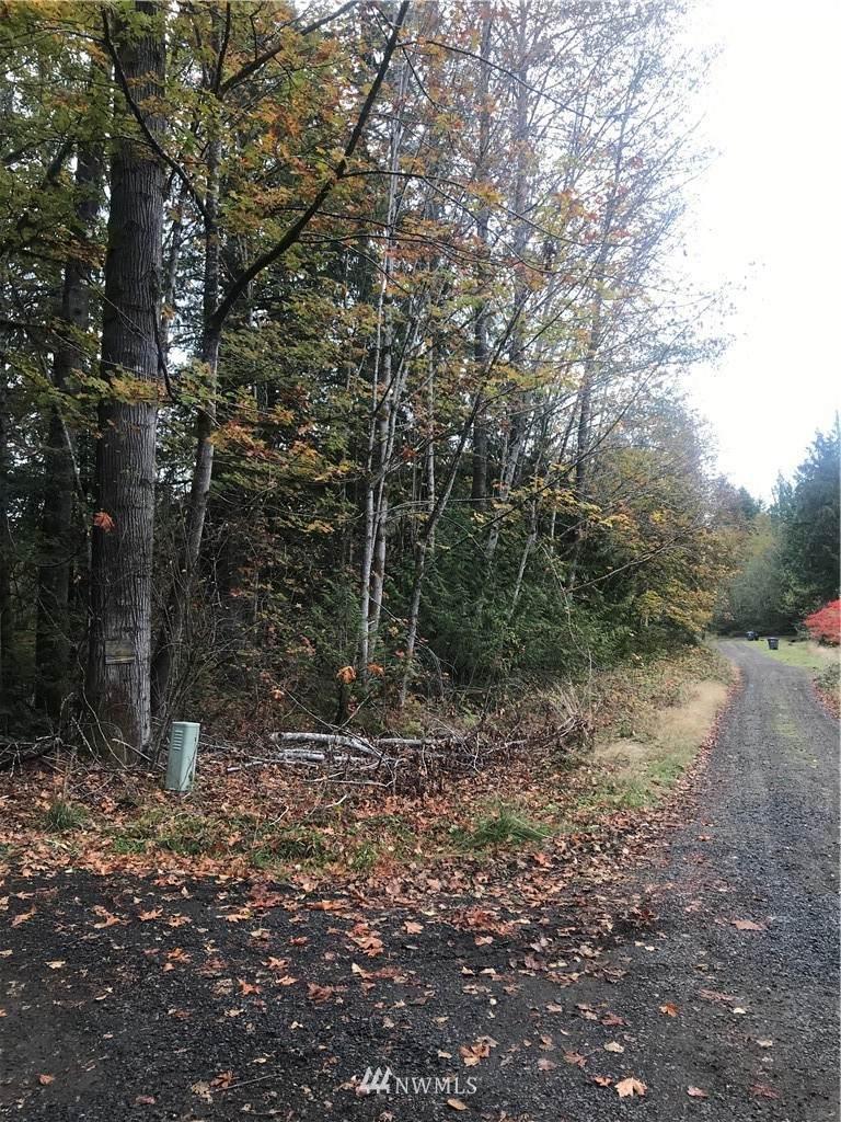 137 Cresthill Way - Photo 1