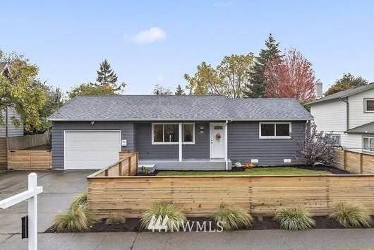 8827 15th Avenue SW, Seattle, WA 98106 (#1684583) :: Pickett Street Properties