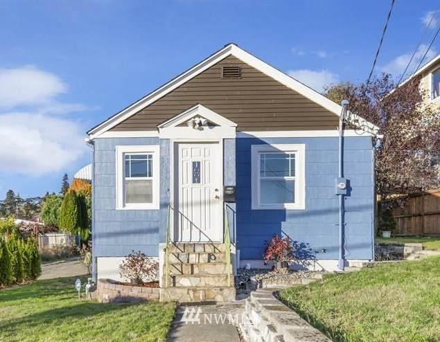2312 E 11th Street, Bremerton, WA 98310 (#1686461) :: Hauer Home Team