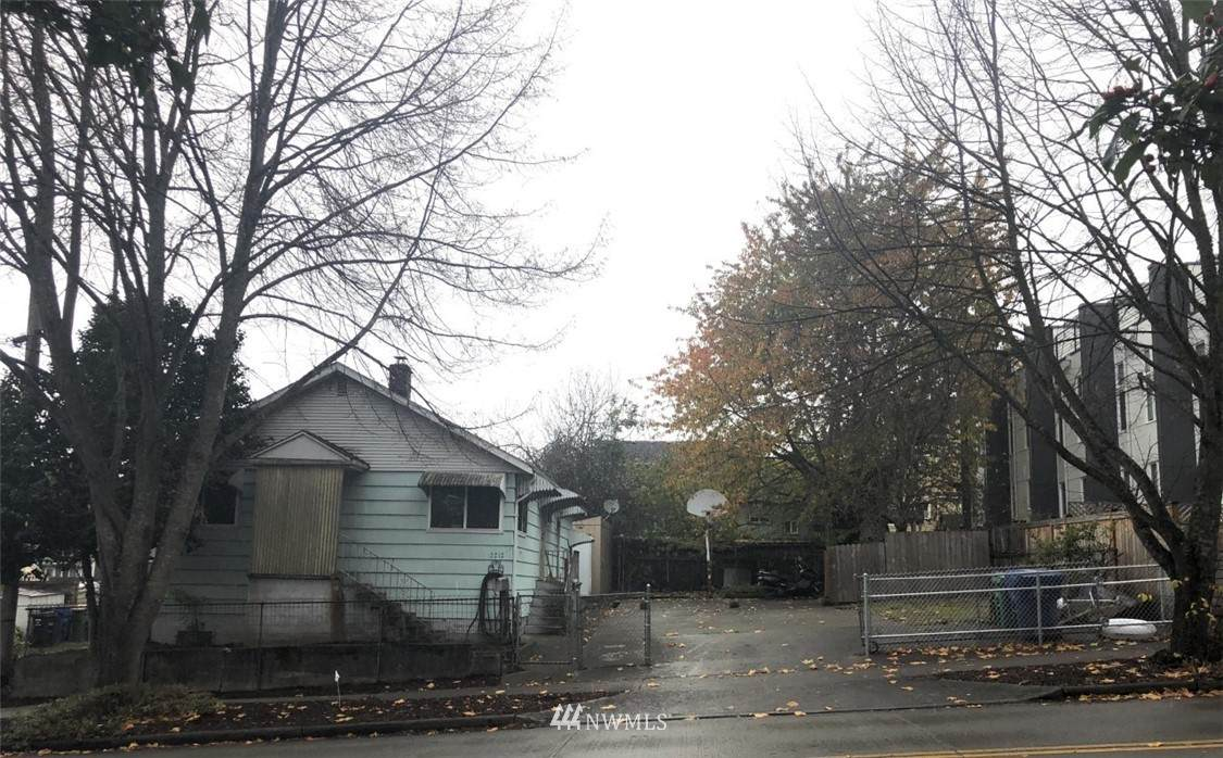 2212 Massachusetts Street - Photo 1
