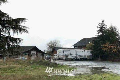 753 River Road, Sequim, WA 98382 (#1690581) :: The Robinett Group