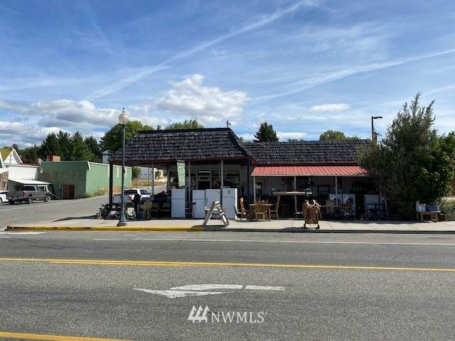 501 Whitcomb Ave S, Tonasket, WA 98835 (MLS #1691841) :: Nick McLean Real Estate Group