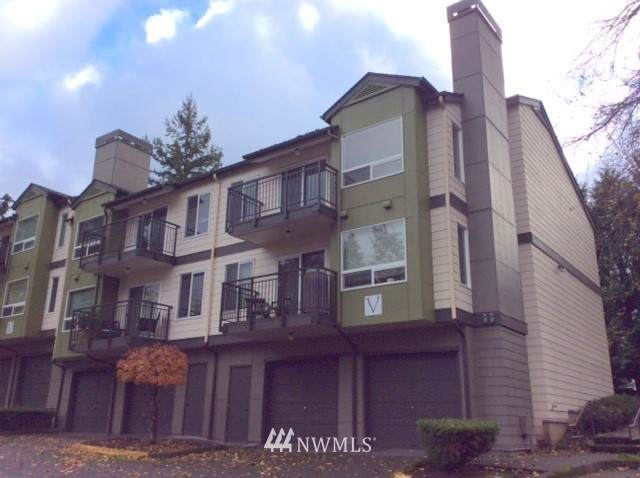 31500 33rd Place SW V201, Federal Way, WA 98023 (#1692572) :: NW Homeseekers