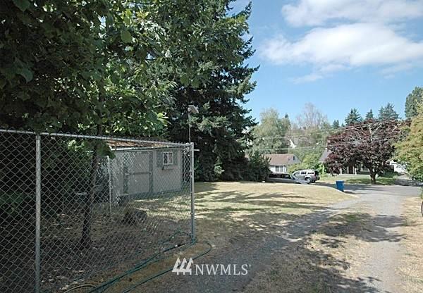 14520 31st Avenue NE, Shoreline, WA 98155 (#1692673) :: M4 Real Estate Group