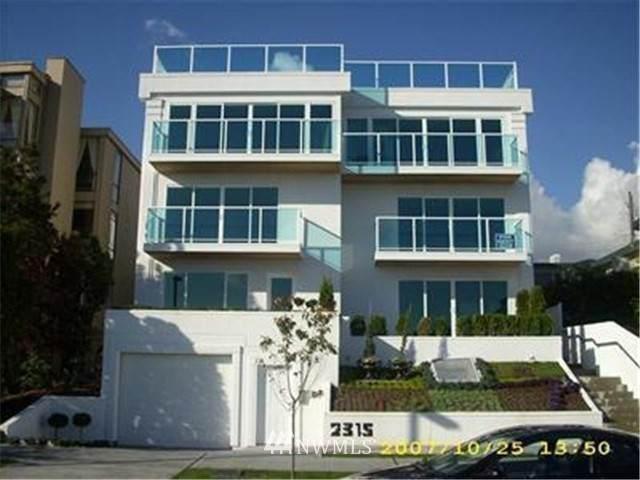 2315 43rd Avenue E #202, Seattle, WA 98112 (#1692875) :: Northwest Home Team Realty, LLC