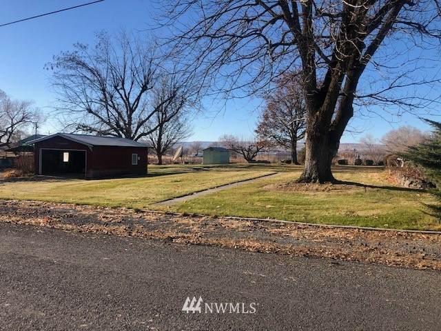 19688 Rd A.3 NE, Soap Lake, WA 98851 (MLS #1695178) :: Community Real Estate Group