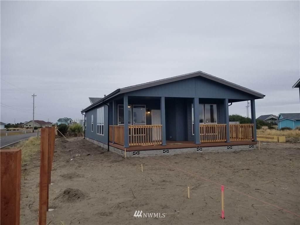 1052 Ocean Shores Boulevard - Photo 1