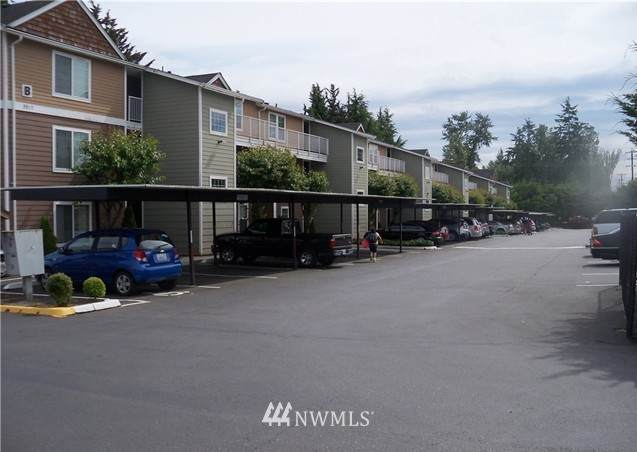 9815 Holly Drive A111, Everett, WA 98204 (#1696787) :: NextHome South Sound