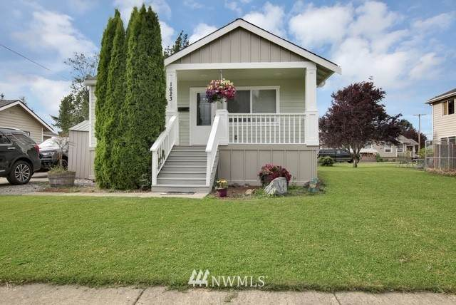 1623 Lowell Avenue, Enumclaw, WA 98022 (#1697624) :: My Puget Sound Homes