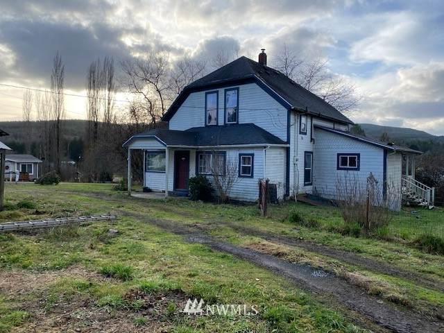 826 C Street, Vader, WA 98593 (MLS #1711659) :: Brantley Christianson Real Estate