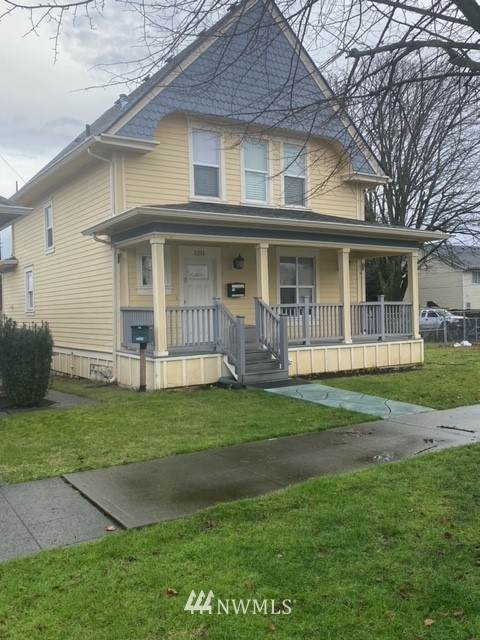 1209 S J Street #-17, Tacoma, WA 98405 (#1712742) :: Costello Team