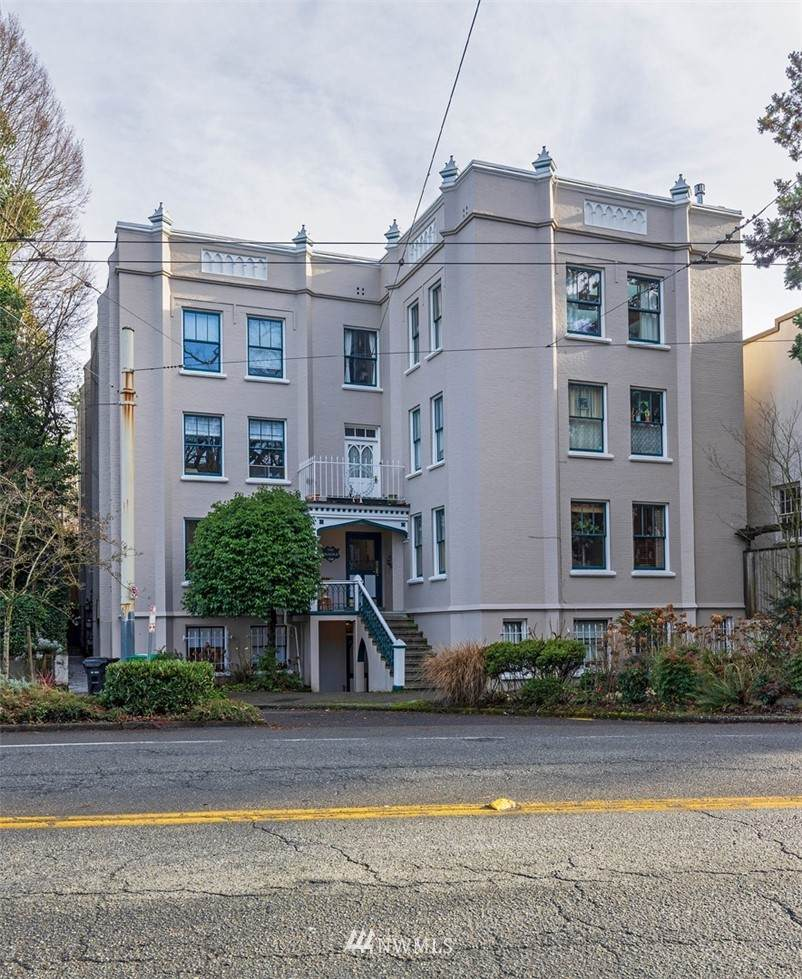 1508 10th Avenue - Photo 1