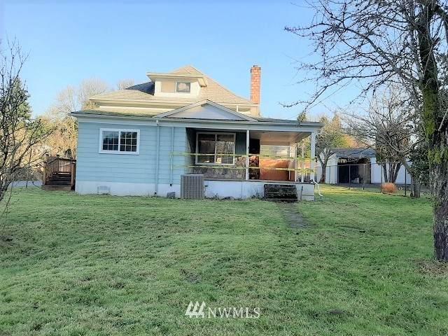 1104 D Street, Vader, WA 98593 (MLS #1715583) :: Brantley Christianson Real Estate