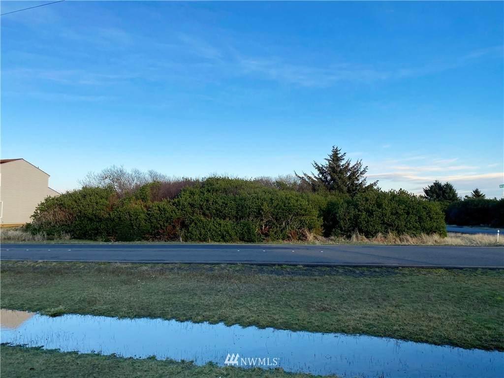 952 Ocean Shores Boulevard - Photo 1