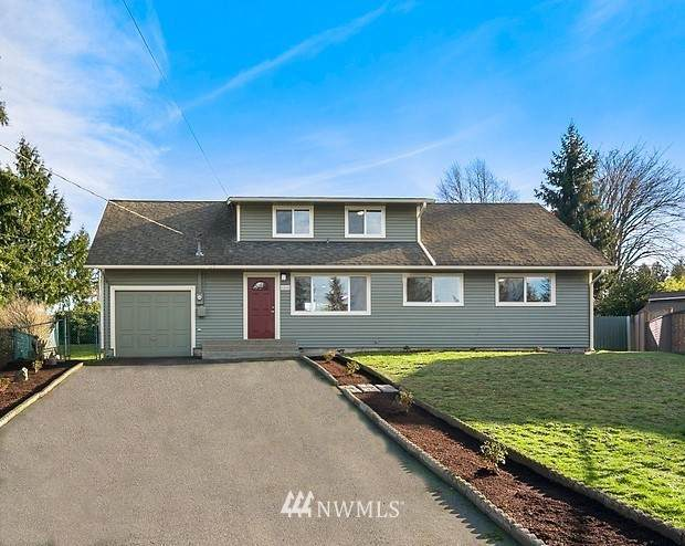 6302 223rd Place SW, Mountlake Terrace, WA 98043 (#1718049) :: The Original Penny Team