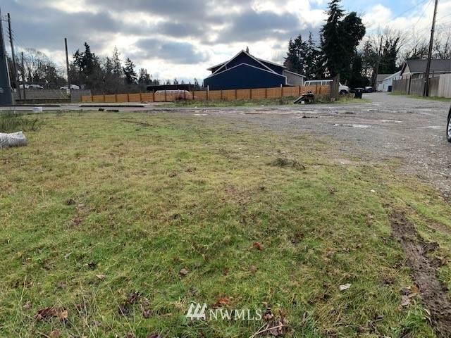 5908 29th Street NE, Tacoma, WA 98422 (#1719729) :: Mike & Sandi Nelson Real Estate