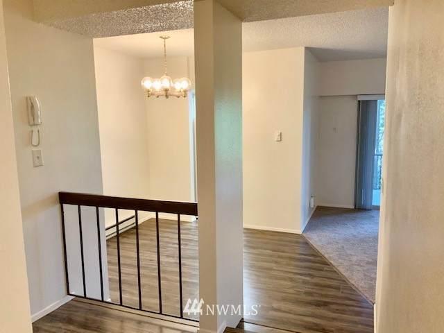 8301 Zircon Drive SW A-5, Lakewood, WA 98498 (#1719932) :: Canterwood Real Estate Team