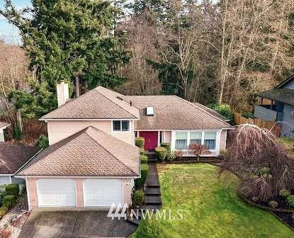 32008 11th Avenue SW, Federal Way, WA 98023 (#1720099) :: Priority One Realty Inc.